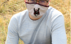 Photo Courtesy of Jenny Murphy. Alex Hayes, Silver Creek HS Senior, wearing mask for his senior pictures